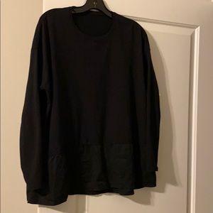 Lululemon black swing top